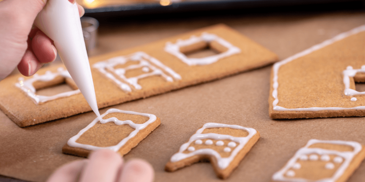 Christmas activities to do while your high - make a gingerbread house